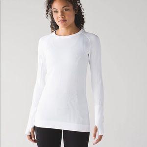 Lululemon Rest Less Pullover size 4 white